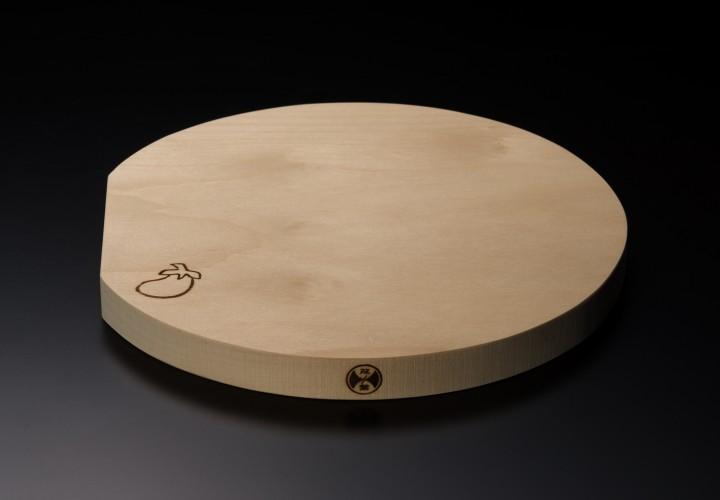 イチョウまな板 丸型(直径24㎝×厚み2㎝)